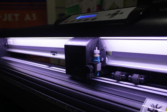 Supplier Mesin Cutting Sticker di Jakarta