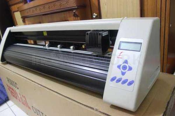Cutting Sticker Redsail Rs1360c